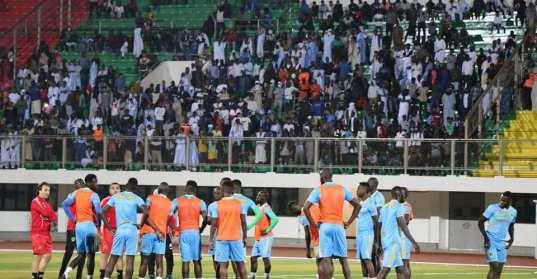 مران المنتخب الموريتاني الأول تحضيرا للكان (صفحة الاتحادية الموريتانية لكرة على الفيسبوك)