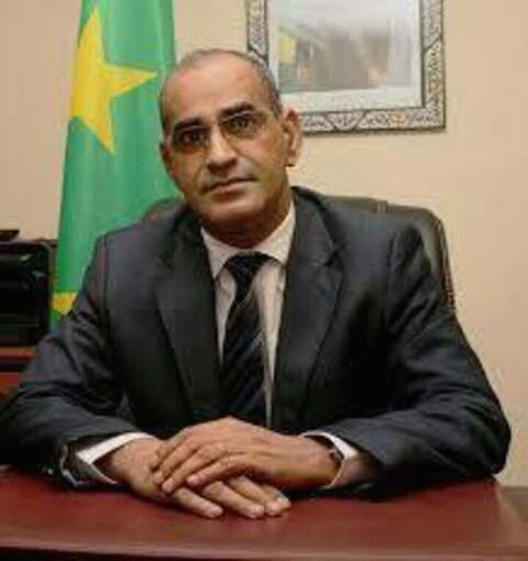 الوزير الناني ولد أشروقه في مكتبه